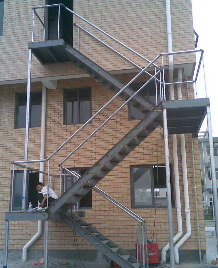 成都室外贝博app体育楼梯